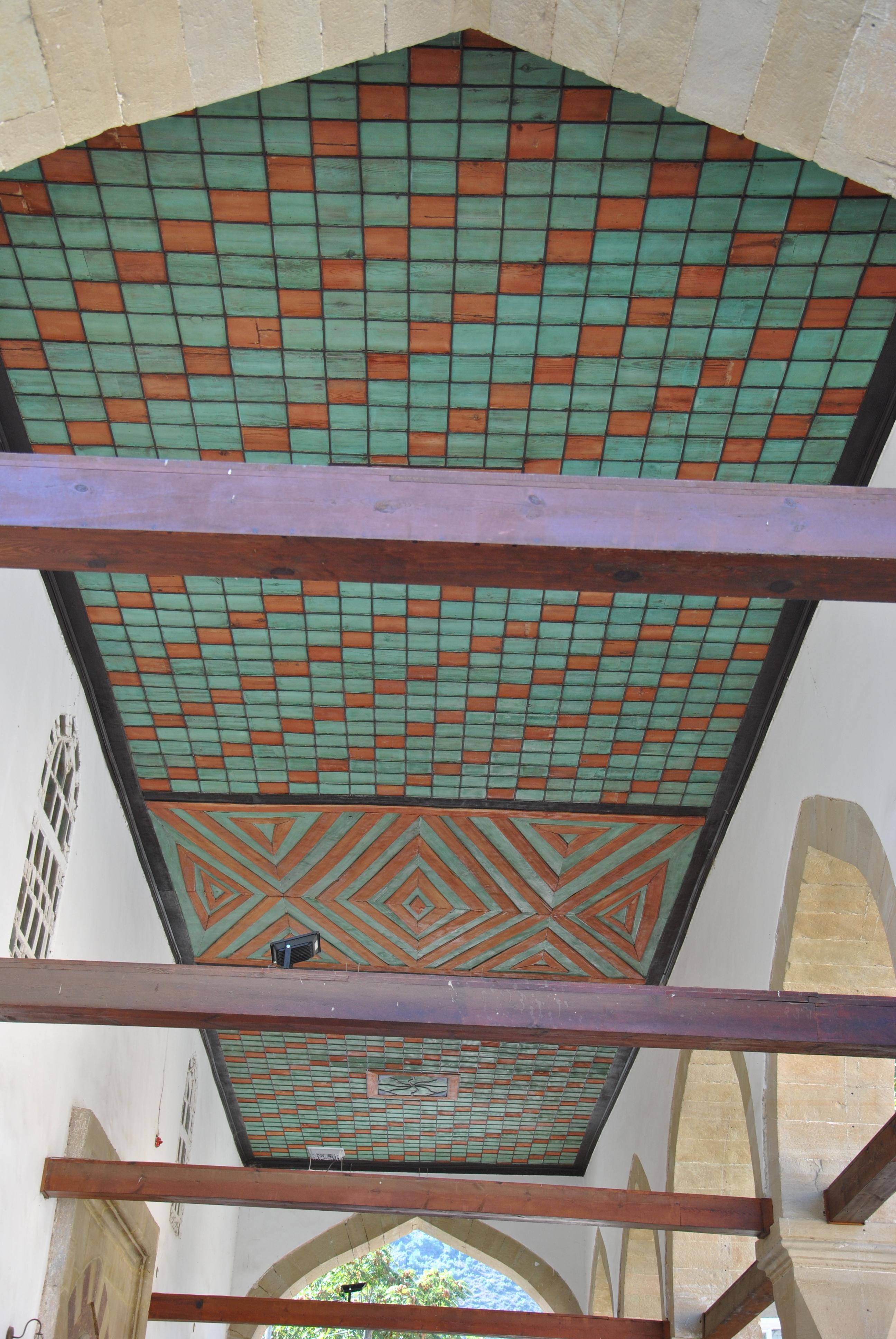 Fotoğraf 12. Rüstem Paşa Camii'nin son cemaat yeri tavan düzeni.