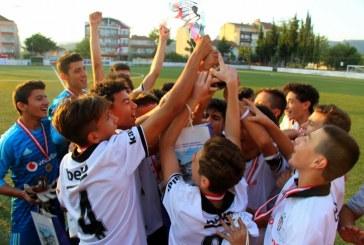 """""""LEFKE CUP U15 2018"""" FUTBOL TURNUVASINDA ŞAMPİYON BEŞİKTAŞ"""